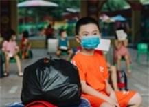 Cha/mẹ/người chăm sóc được đi cùng trẻ em đến cơ sở y tế điều trị COVID-19