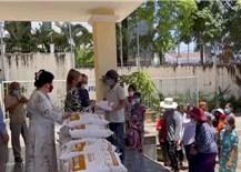 Hỗ trợ kịp thời 8.000 gia đình người gốc Việt và lao động Việt tại 6 tỉnh Tây Nam Campuchia