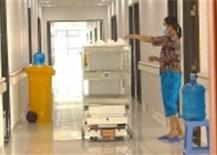 Dấu ấn của khoa học công nghệ trong cuộc chiến chống dịch COVID-19- với Robot VIBOT-2