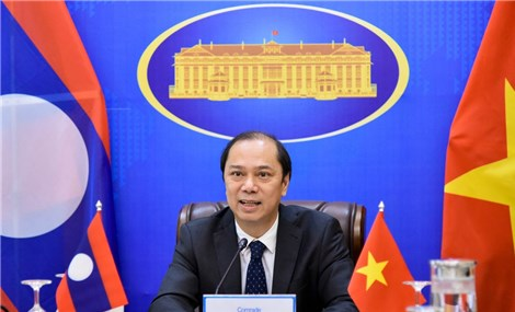 Vietnam, Lao hold political consultation on bilateral ties