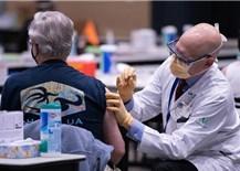 Nghịch lý trong tiêm phòng COVID-19 ở Mỹ