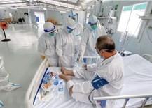 Số ca mắc, tử vong do COVID-19 liên tục giảm