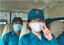 Những nữ dân quân xung phong thực hiện nhiệm vụ nơi tâm dịch