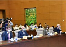 Proper socio-economic policies required to revive national economy