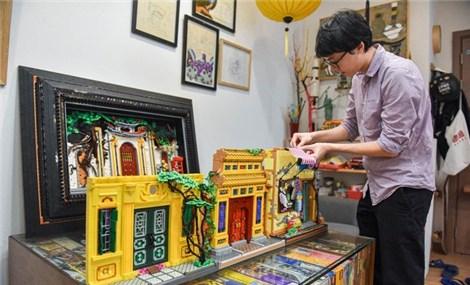 Xếp những công trình của Việt Nam bằng Lego