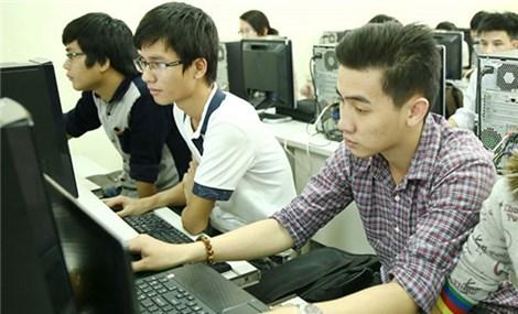 Doanh nghiệp quốc tế tìm nhân lực công nghệ thông tin từ học sinh Việt Nam
