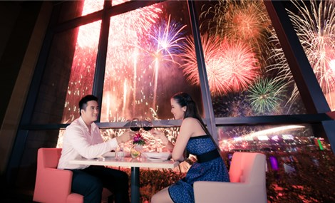 Enjoy the Fireworks festival at Novotel Danang