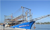 Việt Nam lênán tàu Trung Quốc cướp tài sản của ngư dân ở Hoàng Sa