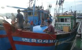 Trung Quốc đâm tàu cá Việt Nam trên Biển Đông