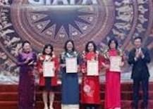 """Trao Giải thưởng báo chí""""75 năm Quốc hội Việt Nam"""""""