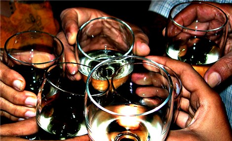 Vietnamese men top world ranking for drinking alcohol, says survey