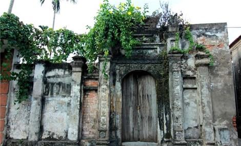 500-year old village in Hanoi