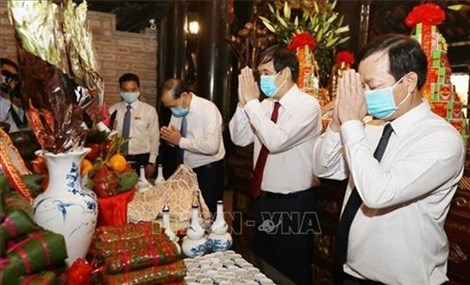 Hung Kings' Death Anniversary marked in Phu Tho Province