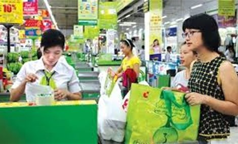 Supermarkets in Ho Chi Minh City to be free of plastic bags by the end of this year