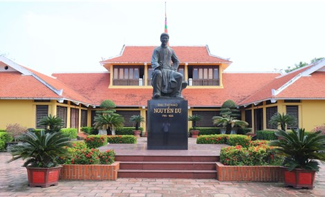 Ceremony marking 255th birth anniversary of renowned poet Nguyen Du scheduled for late September