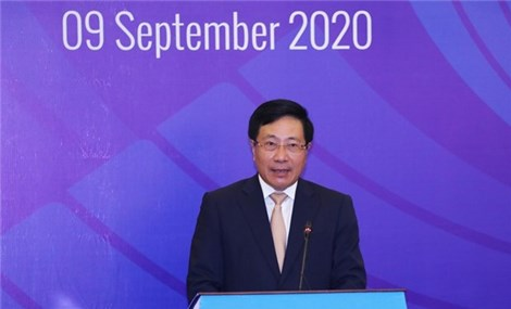 Vietnam stresses South China Sea security issues at ASEAN meeting