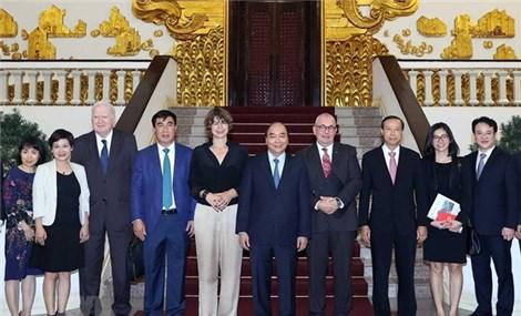 Vietnam facilitates investment of EU firms PM