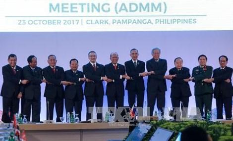 ADMM-11东盟各国一致同意保证海洋安全、航行与飞越自由和安全