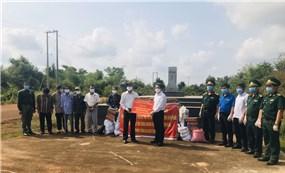 Bình Phước hỗ trợ Việt kiều ở Campuchia phòng, chống Covid-19