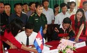 Việt Nam - Campuchia tổ chức kết nghĩa các xã biên giới