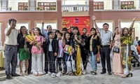 Kiều bào tại Campuchia luôn theo dõi và phấn khởi trước những thành tựu mà Việt Nam đạt được