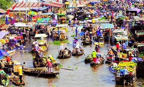 丐冷水上集市成为芹苴市乃至九龙江三角洲的特色旅游景点