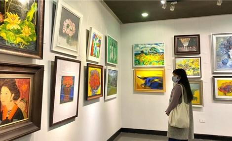 2021辛丑年贺党迎春美术展在河内市举行