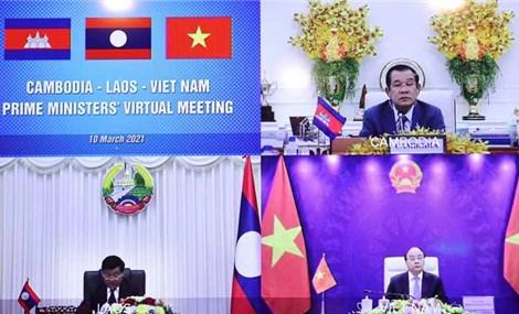 Thủ tướng Việt Nam, Lào, Campuchia thống nhất đẩy mạnh kết nối hạ tầng 3 nền kinh tế CLV