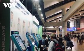 Hành khách phải chủ động khai báo y tế, tránh ùn tắc sân bay