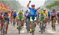 Màn nước rút thần tốc chặng mở màn giải xe đạp xuyên Việt