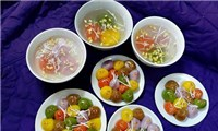 Vegetarian cake drifting dish - An indispensable ceremony in Han Thuc Tet holiday