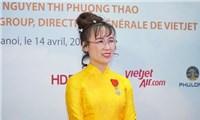 Ms. Nguyen Thi Phuong Thao received the Ordre national de la Légion d'honneur