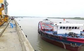 Tăng kết nối đường thủy, tận dụng lợi thế vận tải giá rẻ