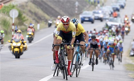 Cua-rơ 18 tuổi nhất chặng 15 giải xe đạp xuyên Việt