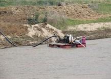 Quảng Ngãi: Các chủ đầu tư thủy điện tựý nạo vét, hút cát lòng hồ trái phép