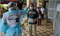 Campuchia ghi nhận gần 1.000 ca mắc mới COVID-19 trong ngày 4/5