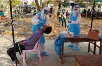 Việt Nam gửi nhiều thiết bị y tế cho Campuchia