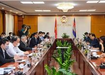 Bộ trưởng Bộ Công Thương gặp, làm việc với Đại sứ Đặc mệnh Toàn quyền Vương quốc Campuchia tại Việt Nam