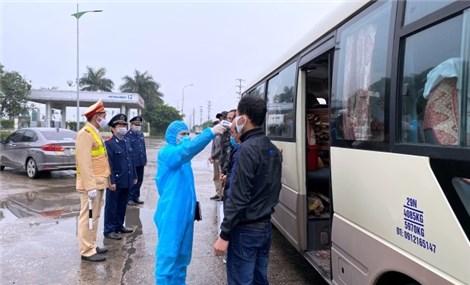 Hà Nội: Thêm 2 ca mắc liên quan viện K, Bạch Mai, đi nhiều xe khách