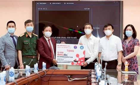 Bộ kit 'made in Việt Nam' xét nghiệm được hầu hết các biến chủng