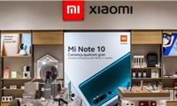 Mỹ đồngý dỡ bỏ lệnh cấm từ thời Trump đối với điện thoại Xiaomi của Trung Quốc