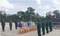 Hỗ trợ lực lượng biên giới tỉnh Mondulkiri (Campuchia) phòng chống dịch COVID-19