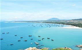 Thiên nhiên và  ẩm thực vùng biển Quảng Bình