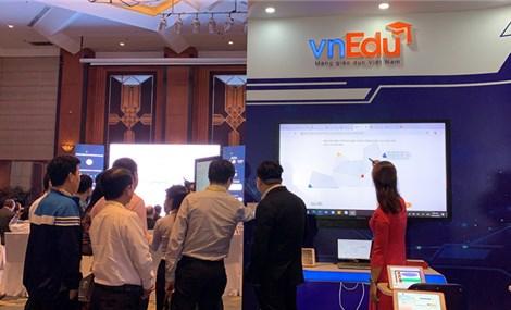 """Cần có chính sách ưu tiên dùng sản phẩm giáo dục trực tuyến """"Make in Vietnam"""""""