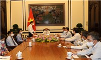 Chủ tịch nước Nguyễn Xuân Phúc làm việc với BBT Tạp chí Cộng sản