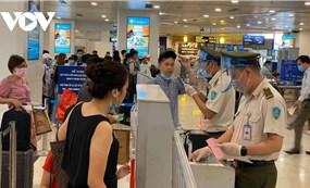 Hỏa tốc yêu cầu dừng nhập cảnh hành khách tại sân bay Nội Bài