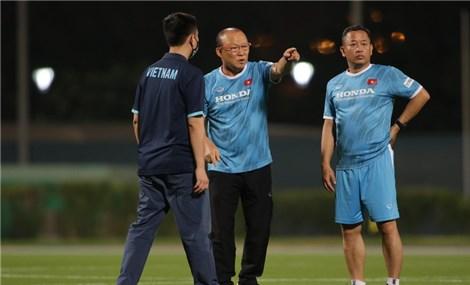 Ông Park họp BHL đội tuyển Việt Nam, lên kế hoạch theo dõi Indonesia và Malaysia