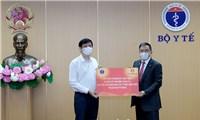 Bộ Y tế tiếp nhận 30 máy xét nghiệm COVID-19 qua hơi thở từ Tập đoàn Vingroup