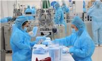 Việt Nam nổi lên là nhà cung cấp thiết bị bảo hộ cá nhân cho thế giới trong dịch COVID-19