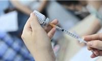 Người dân Côn Đảo đang được tiêm vắc xin phòng COVID-19